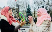 Oppression or freedom: Social Experiment in Odesa Downtown