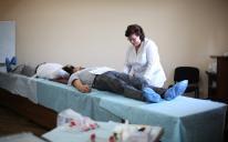 8,55 л крови, 803 грн и продукты на благотворительность: итоги Дня донора в ИКЦ Киева