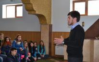 «Просто поразительно, как внимательно они слушали Коран»: студенты Медколледжа в Запорожском ИКЦ