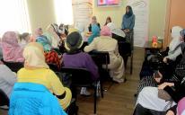 """فتيات جمعية """"مريم"""" يقمن ندوة علمية حول """"القيم والوسط المحيط"""""""