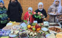 «Купить нельзя отказаться»: благотворительная ярмарка в гимназии «Наше Будущее»