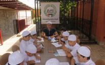 «Трудные подростки» прекрасно понимают язык искренности и добра», — уверены преподаватели летнего лагеря для сирот