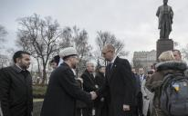 """""""الرائد"""" يشارك أوكرانيا احتفاءها بعميد أدبها شيفتشينكو"""