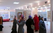 В Исламском центре г. Симферополя прошла выставка картин исламской тематики известных крымско-татарских художников