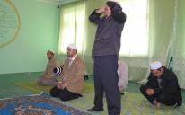 بهدف محاربة الجريمة في نفوسهم وتيسير العبادة لهم .. الرائد يفتتح مصلى للمسلمين في أحد سجون مدينة دونيتسك