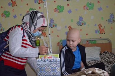 Мусульмане Сум посетили онкобольных детей