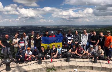 Замерзшие и непокоренные: юные покорители Карпат вернулись домой