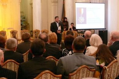 حكومة القرم واتحاد الأكاديميات العالمي يكرمان الرائد كأبرز مؤسسة ثقافية اجتماعية خيرية في أوكرانيا