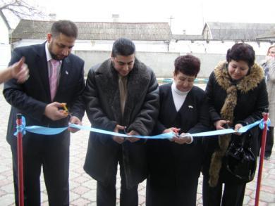 Сайт Меджлиса: Укреплена материально-техническая база 16-ти крымскотатарских школ