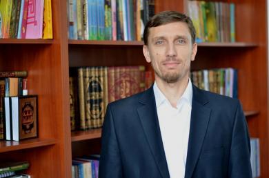 """أ. سيران عريفوف رئيس اتحاد المنظمات الاجتماعية """"الرائد"""" في أوكرانيا"""