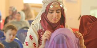 «По разные стороны платка»: мнения немусульман и личный опыт мусульманок на День хиджаба