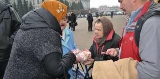 «Накорми бедного»: харьковские мусульмане согрели обездоленных горячими обедами