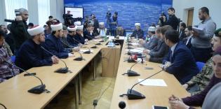 """حرصا على الوحدة والحقوق.. """"الرائد"""" يوقع على """"ميثاق مسلمي أوكرانيا"""""""