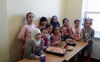 Украшение для ИКЦ и угощения для друзей руками маленьких мусульман