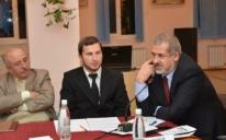 Кримськотатарська преса очима кримськотатарської молоді — диспут-клуб у Сімферополі