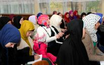 A New Muslimah's First Steps: It's Easier When Made Together!