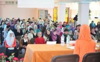 Сіра Пророка і поради психолога на жіночій конференції в Криму
