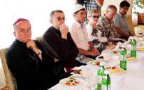"""""""الرائد"""" يمثل مسلمي أوكرانيا لبناء الجسور وتوطيد العلاقات بين أطياف المجتمع"""