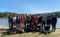 Прості хлопчачі радощі: відбувся дводенний похід з наметами до Коростишівського каньйону