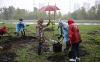 Muslims along with the whole Ukraine were planting a million trees in 24 hours