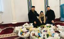 «Альраид» передал продукты 50 семьям на Востоке