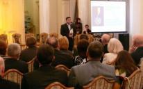 """حكومة القرم واتحاد الأكاديميات العالمي يكرمان """"الرائد"""" كأبرز مؤسسة ثقافية اجتماعية خيرية في أوكرانيا"""