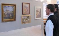 للمرة الأولى .. الرائد يقيم معرضا فنيا مفتوحا للوحات الزيتية الإسلامية في إقليم شبه جزيرة القرم