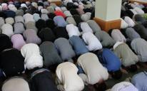 في العاصمة كييف .. الجالية تحلم بمدرسة ومسجد المركز الإسلامي يضيق على مرتاديه