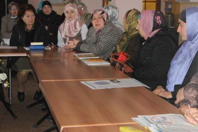 Круглый стол в Крыму: крепкая и счастливая мусульманская семья - реальность