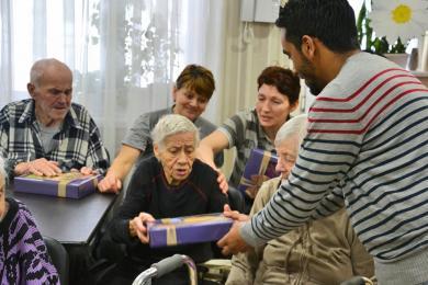 Культурна програма для літніх людей: візит харківських мусульман до центру реабілітації