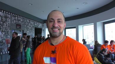 Як перетворити завідувача бібліотеки на книгу: досвід Тарика Сархана