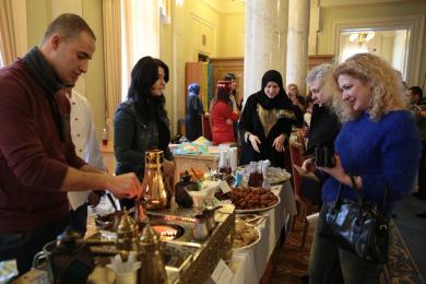 Волонтеры ИКЦ и кулинары Family House на «Дне Крыма в Верховной Раде»