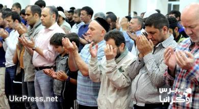 """مع """"الرائد"""" خلال شهر رمضان المبارك في أوكرانيا.. ألوان ثقافات وأمل بانتهاء أزمة (صور)"""