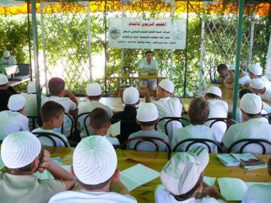"""مخيمات """"صيف الرائد 2013"""" تختتم فعالياتها بعد استيعاب جميع فئات مسلمي أوكرانيا"""