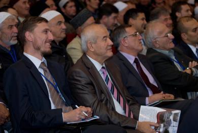 Представники ВАГО «Альраід» і ДУМУ «Умма» - почесні гості V Курултаю мусульман Криму