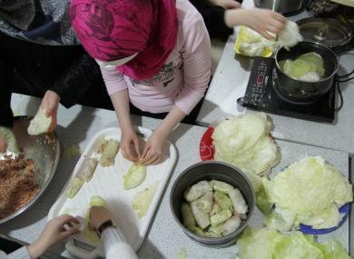 Операция «Голубцы»: акция «Домашняя еда для военного госпиталя» продолжается!