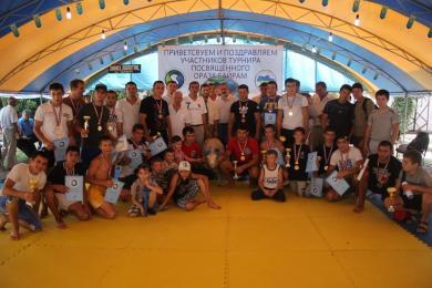 Крымские татары отметили Ид-аль-Фитр турниром по борьбе куреш (ФОТО)