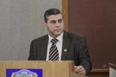 الرائد يهنئ رئيس مكتبه في القرم د. محمد طه بحصوله على شهادة الدكتوراه