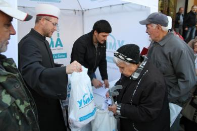 """More than 7 Tons of Meat Were Distributed To The Needy People Via """"Alraid"""" Islamic Centres on Eid Al-Adha"""