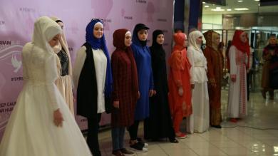 Хіджаб — це модно й доречно в різних сферах життя: показ у Києві