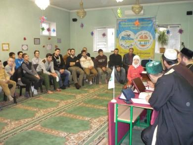 Коран вивчають і старі, і юні