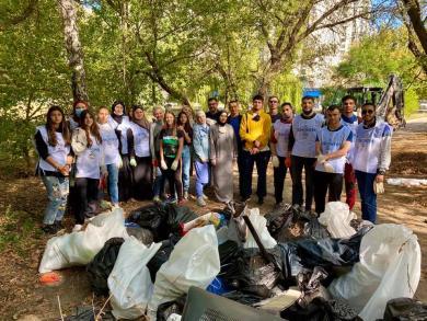 Мусульмане делают Украину чище: волонтеры исламских центров на Всемирном дне уборки
