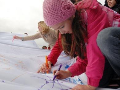 """""""الرائد"""" و""""أمة"""" يشاركان في فعاليات الحملة الدولية لحماية البيئة في أوكرانيا"""