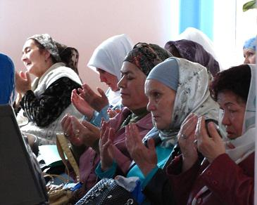 Крымские мусульманки ищут вдохновение в примерах упомянутых в Коране женщин