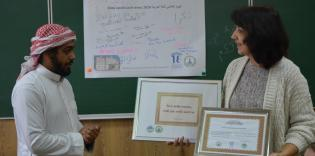 Arabic in 5 minutes, mehendi, and calligraphy: Kharkiv ICC's activists visited school